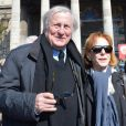 Claude Rich et sa femme Catherine lors des funérailles d'Alain Resnais en l'église Saint-Vincent-de-Paul à Paris le 10 mars 2014