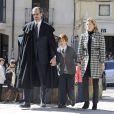 Ignacio de Marichalar, sa femme Maria Fernanda Fontcuberta et leur fils aux obsèques de sa mère María de la Concepción Sáenz de Tejada y Fernández de Boadilla, célébrées le 16 mars 2014 à Soria.