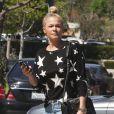 """Exclusif - LeAnn Rimes fait du shopping à Calabasas, le 13 mars 2014."""