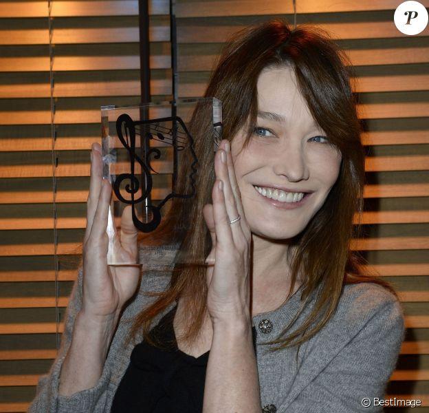Carla Brunilors du Grand Prix de l'UNAC de la chanson 2014 à Paris, le 17 mars 2014.