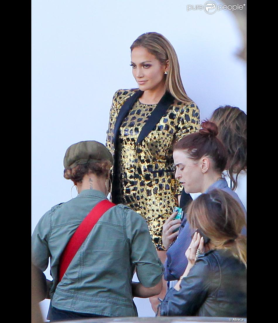 Jennifer lopez pr te d barquer sur le plateau d for Le elle apartments west hollywood