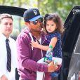 Paris Jackson avec son cousin TJ Jackson et ses enfants à Calabasas, le 22 mars 2014.