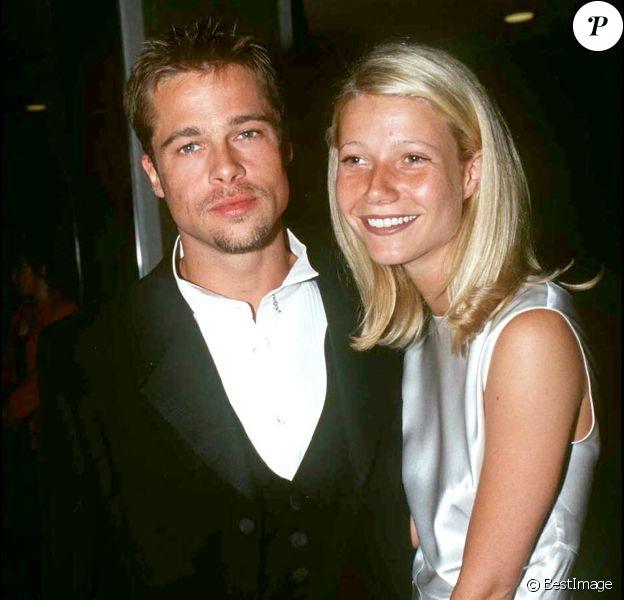 Brad Pitt et Gwyneth Paltrow lors de l'avant-première du film Légendes d'automne le 24 avril 1995 à Londres