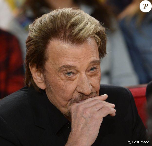 """Johnny Hallyday - Enregistrement de l'émission """"Vivement Dimanche"""" à Paris le 14 mars 2014."""