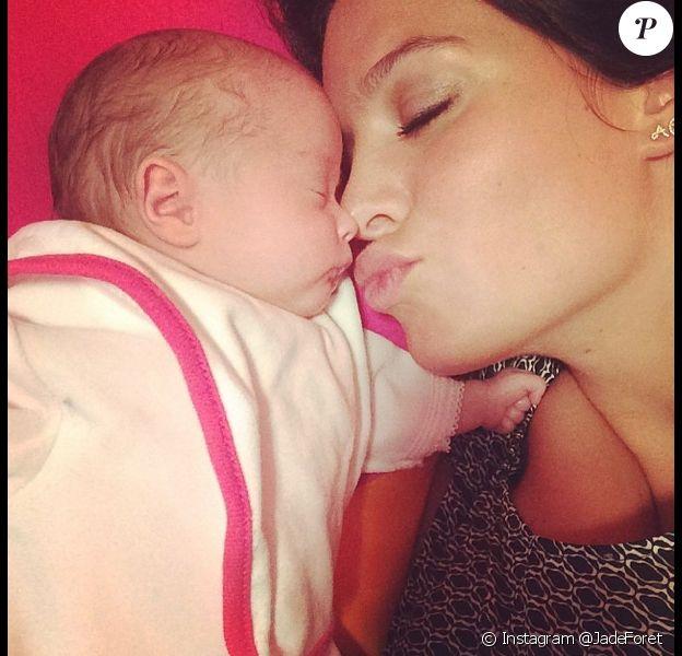 Jade Foret et sa petite Mila, née au début du mois.