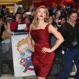 """Scarlett Johansson enceinte lors de l'avant-première du film """"Captain America - Le Soldat de l'hiver"""" à Londres, le 20 mars 2014"""