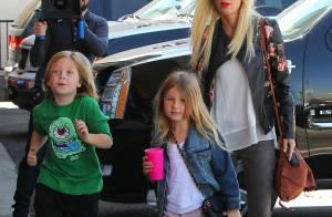 Tori Spelling, morose et maigre : La star humiliée devant ses enfants