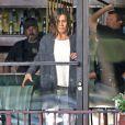 """Jennifer Aniston, dans un look très simple, sur le tournage du film """"Cake"""" à Los Angeles, le 8 avril 2014"""
