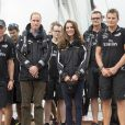 "Le prince William et Kate Middleton (Catherine), la duchesse de Cambridge, vont faire la course l'un contre l'autre sur des voiliers dans le port d'Auckland en Nouvelle-Zélande, après une visite de la base du ""Emirates Team New Zealand"", le 11 avril 2014.  11th April, 2014: Prince William and Kate visit Emirates Team New Zealand base, home to New Zealand's Americas Cup Team. The Duke and Duchess will board two of the Team's yachts - The Duke on one and The Duchess on the other - and informally race around Auckland Harbour11/04/2014 - Auckland"