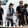 Le duc et la duchesse de Cambridge étaient à Auckland le 11 avril 2014 dans le cadre de leur tournée en Nouvelle-Zélande. Après une visite de la base de l'Emirates Team New Zealand, Kate et William se sont affrontés lors d'une course nautique, que la duchesse de Cambridge a remportée haut la main.