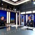 Francis Huster invité du JT de Laurent Delahousse, sur France 2, dimanche 13 avril 2014.