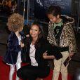 Thandie Newton et ses enfants Nico et Ripley à Londres, le 14 octobre 2009.