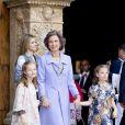 La princesse Letizia d'Espagne, la reine Sofia, les deux princesses Sofia et Leonor lors de la messe de Pâques à Palma de Majorque le 20 avril 2014.