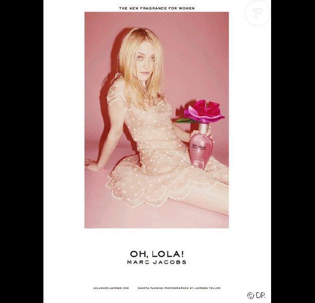 La publicité du parfum Oh, Lola ! de Marc Jacobs, objet du scandale au Royaume-Uni en 2011.