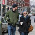 Dakota Fanning et Jamie Strachan, son petit-ami, à New York, le 4 mars 2014.