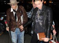 Johnny Depp : Rose à la main et charmeur pour l'anniversaire de sa douce
