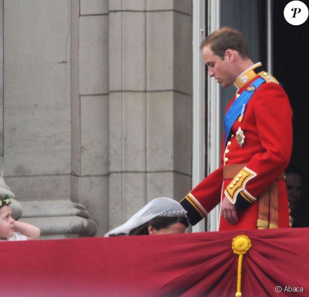 Kate Middleton et le prince Wiliam à Buckingham Palace, le 29 avril 2011.