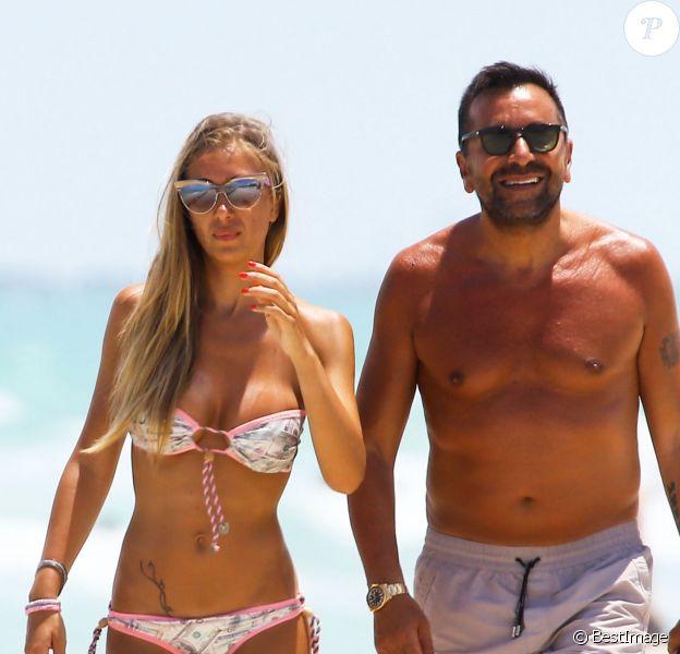 Laura Cremaschi et son petit ami sur une plage de Miami, le vendredi 2 mai 2014.