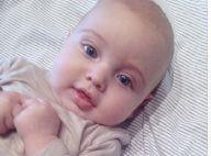 Iker Casillas papa : L'amoureux de Sara Carbonero présente leur petit Martin