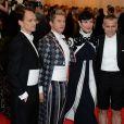"""Neil Patrick Harris avec son compagnon à la Soirée du Met Ball / Costume Institute Gala 2014: """"Charles James: Beyond Fashion"""" à New York, le 5 mai 2014."""