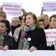 Line Renaud, Claude Chirac, Saïda jawad, Jane Birkin, Valérie Trierweiler, Michèle Laroque, Amanda Sthers - Marche de femmes pour appeler à la libération de jeunes filles enlevées par le groupe Boko Haram au Nigeria. Place du Trocadéro à Paris le 13 mai 2014.