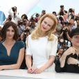 Paz Vega, Nicole Kidman, Olivier Dahan au photocall du film Grace de Monaco au 67e Festival du Film de Cannes à Cannes le 14 mai 2014.
