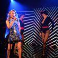 Kylie Minogue en live au 25e anniversaire de Magnum, au Festival de Cannes, le 21 mai 2014.