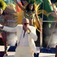 Pitbull dans le clip de We Are One (Ole Ola).