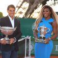 Rafael Nadal et Serena Willliams prennent la pose, nautrels, sur le Champs de Mars à Paris, le 22 mai 2014