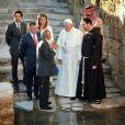 Photo de la visite du pape François à Amman le 24 mai 2014 postée sur Instagram par la reine Rania de Jordanie, avec son mari le roi Abdullah II et le prince héritier Hussein