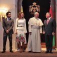 Photo postée sur Instagram par la reine Rania de Jordanie lors de la cérémonie d'accueil du pape François à Amman le 24 mai 2014.