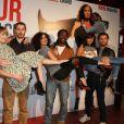 """Aude Pepin, Pablo Pauly, Amelle Chahbi, Noom Diawara, Marie-Julie Baup et Nader Boussandel - Avant-première du film """"Amour sur place ou à emporter"""" à Paris le 26 mai 2014."""