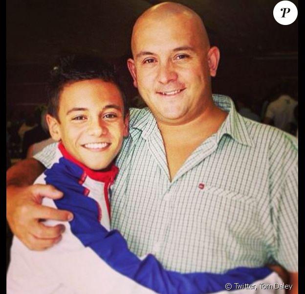 Tom Daley et son père Robert. Photo postée le 27 mai 2014.