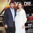 """Guy Ritchie et sa fiancée Jacqui Ainsley (enceinte) lors de la première mondiale du film """"Edge of Tomorrow"""" à Londres, le 27 mai 2014.27/05/2014 - Londres"""