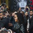 Rihanna arrive au Hard Rock Cafe, dans le 9e arrondissement. Paris, le 5 juin 2014.