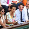 Anne Hidalgo, Najat Vallaud-Belkacem, Manuel Valls et Jean Gachassin lors de la finale homme des Internationaux de France de tennis de Roland-Garros à Paris, le 8 juin 2014.