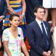 Najat Vallaud-Belkacem et Manuel Valls lors de la finale homme des Internationaux de France de tennis de Roland-Garros à Paris, le 8 juin 2014.