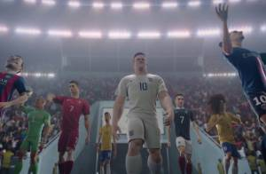 Ronaldo, Neymar, Zlatan... Les stars du foot prennent tous les risques en cartoon