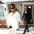 Khloé Kardashian et Scott Disick quittent le restaurant Pierre's à Bridgehampton. Le 11 juin 2014.