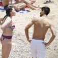 Novak Djokovic a eu le droit à quelques gages de la part de ses amis, lors de son enterrement de vie de garçon, le 11 juin 2014 à Ibiza