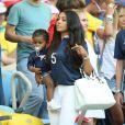 Mazda Sakho et sa fille Aïda lors du match de l'équipe de France face à l'Equateur, le 25 juin 2014 au stade Maracanã de Rio