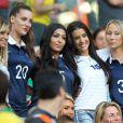 Fiona Cabaye, Fanny, la compagne de Loïc Rémy, Mazda Sakho, Ludivine Sagna, Sandra Evra lors du match de l'équipe de France face à l'Equateur, le 25 juin 2014 au stade Maracanã de Rio