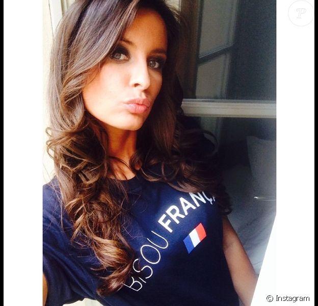 Malika Ménard supportrice sexy des Bleus durant la Coupe du monde 2014