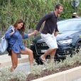 Le footballeur hollandais Rafael van der Vaart (Hambourg) et sa petite-amie Sabia Engizek profitent de la plage pendant leurs vacances à Saint-Tropez, le 13 juillet 2014.