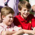 La famille royale de Danemark s'est rassemblée le jeudi 24 juillet 2014 dans le parc du château de Grasten pour la séance photo des vacances d'été. La reine Margrethe II de Danemark et le prince consort Henrik avaient autour d'eux le prince Frederik et la princesse Mary avec leurs enfants Christian, Isabella, Vincent et Joséphine, le prince Joachim et la princesse Marie avec leurs enfants Nikolai, Felix, Henrik et Athena, et la princesse Benedikte avec son fils le prince Gustav et sa compagne Carina.
