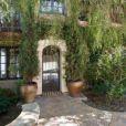 L'actrice Mischa Barton est en défaut de paiement sur sa maison de Beverly Hills, achetée en 2005 pour 6,4 millions de dollars.