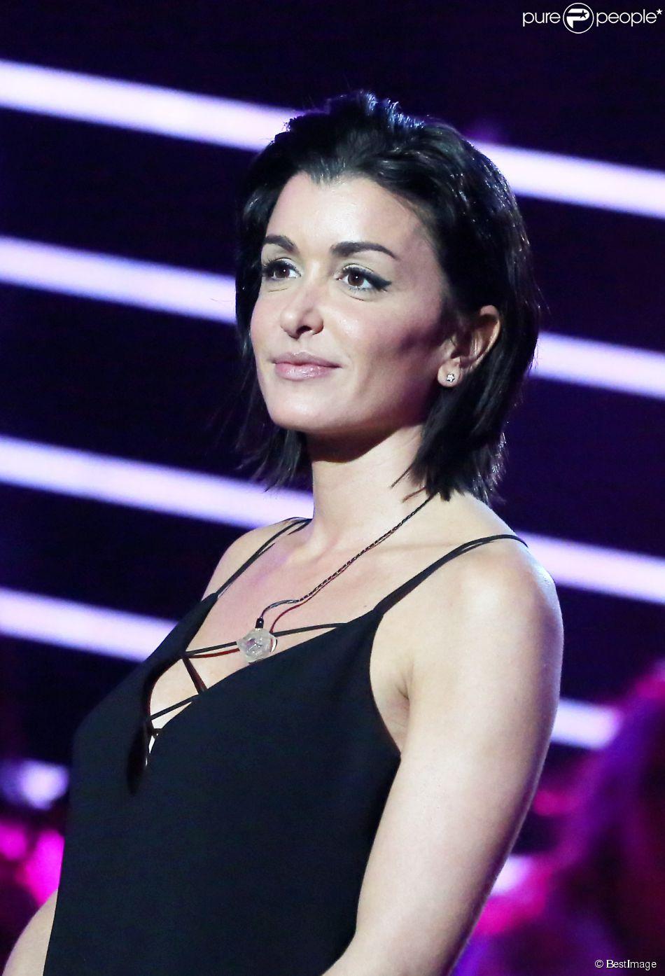 """La chanteuse Jenifer - Enregistrement de l'émission """"Tout pour la Musique"""", le 1er juin 2013."""