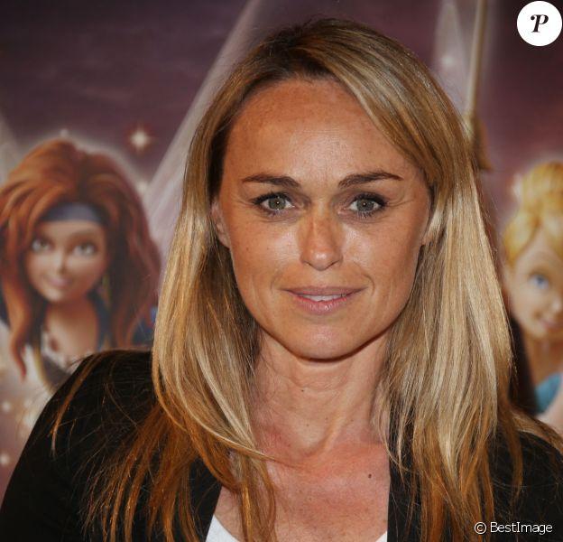 """Cécile de Ménibus à l'avant-première du film """"Clochette et la Fée Pirate"""" au Gaumont Marignan sur les Champs-Elysées à Paris, le 25 mars 2014."""