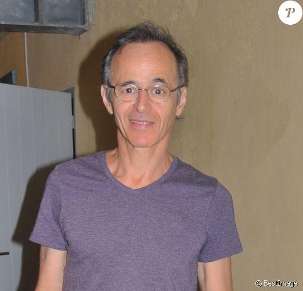 """Exclusif - Jean-Jacques Goldman aux """"Vendanges du Coeur"""" à Ouveillan, près de Narbonne, au profit des """"Restos du Coeur"""" le 20 juillet 2014."""