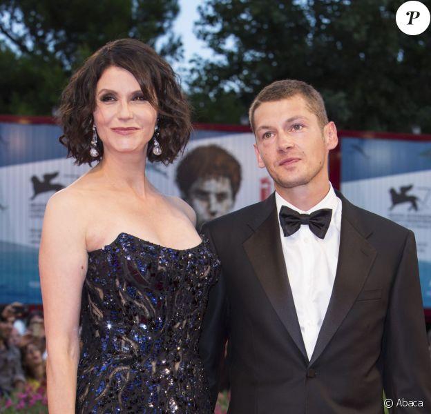 Alessandra Martines et son compagnon Cyril Descours lors du festival du film de Venise, la Mostra, le 30 août 2014, à l'occasion de la projection du film Hungry Hearts